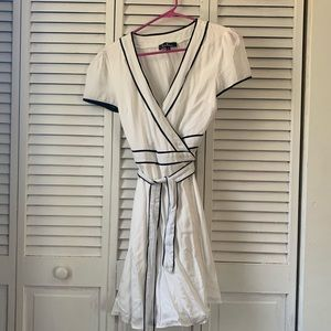 White Lulus wrap dress
